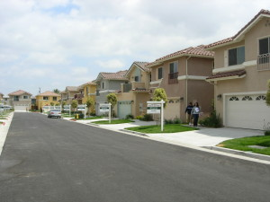 Gardena Village 008
